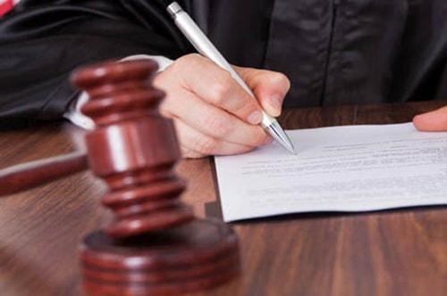 Giúp văn phòng luật sư tìm chứng cứ